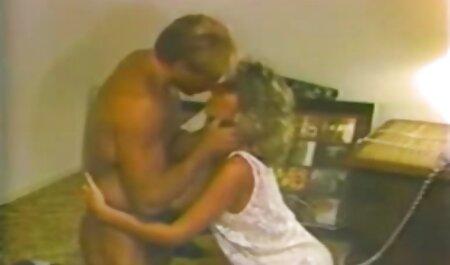 Erotisch in het licht van een mooi meisje futai filmat ascuns genaamd Vicky